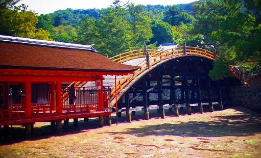 18厳島神社