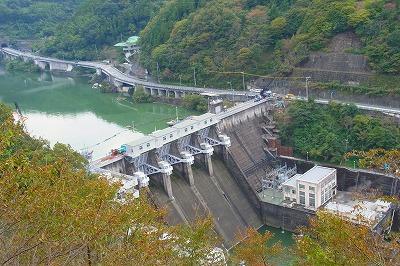 85鹿野ダム