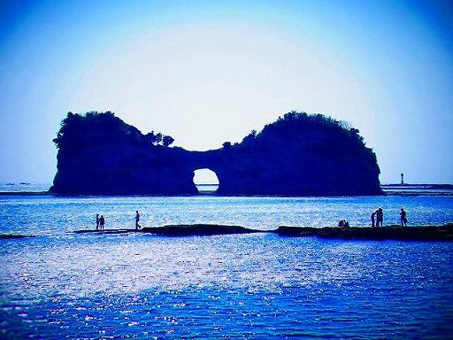 42円月島