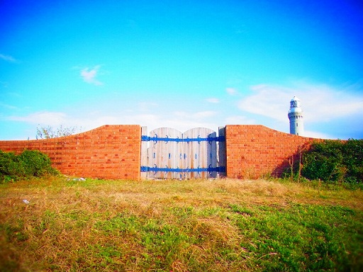 65角島不思議な門