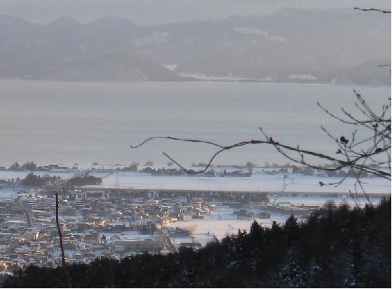猪苗代の町と猪苗代湖