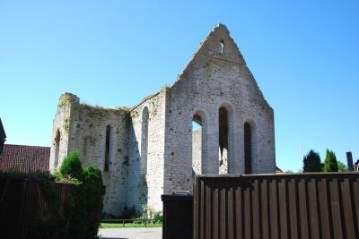廃墟の教会 1