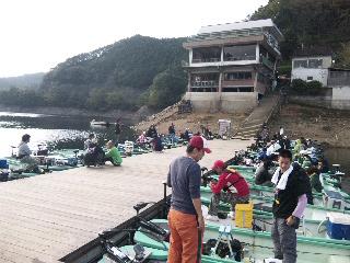 津風呂湖バスカップ1