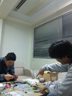 大阪営業所で打ち合わせ