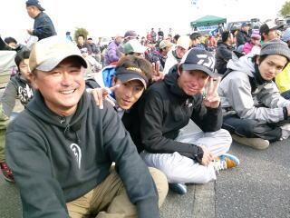 優勝の長谷川ガイド、3位の三村ガイドと