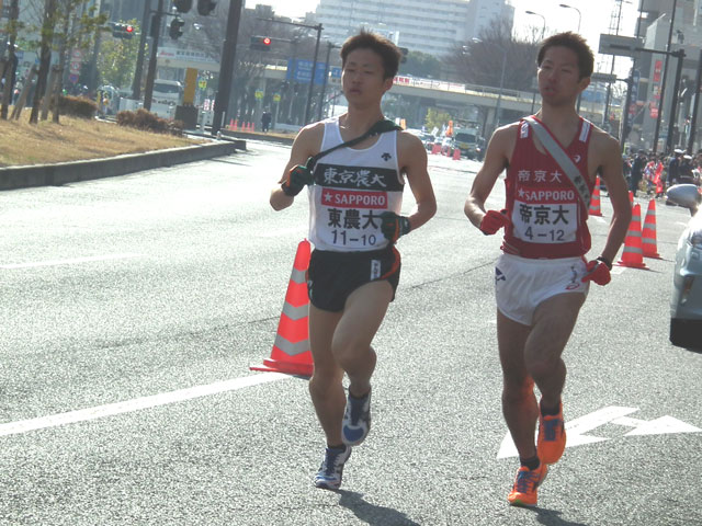 東京農業大学の山本選手、帝京大学の杉山選手