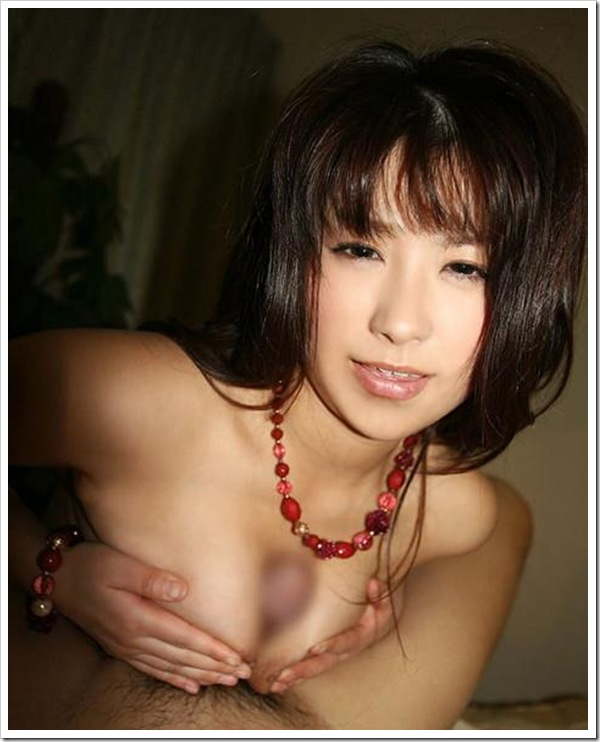 【パイズリ】美乳おっぱい彼女から乳首綺麗な巨乳