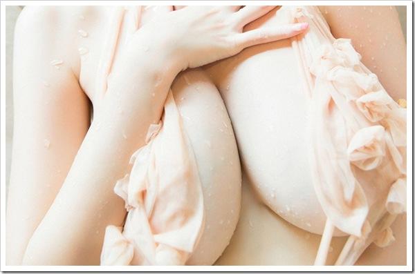 【フェチだね】ピンク色乳首の色白おっぱいや美尻