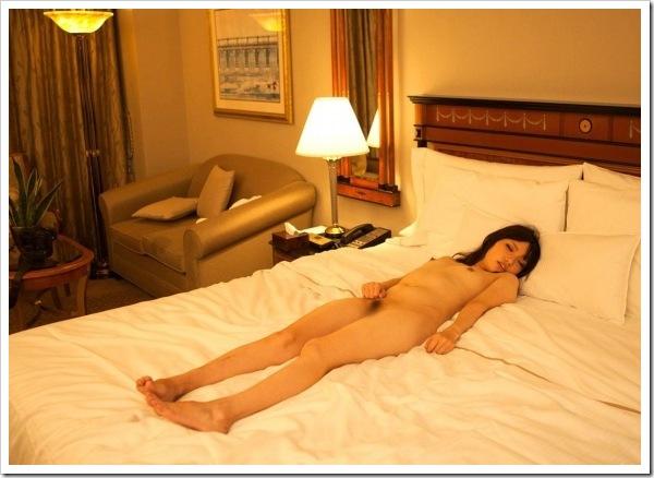 【セックス後のひととき】全裸ヌード〇出しで快楽昇天放心状態