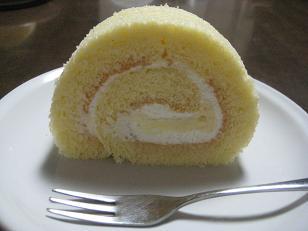 アントワーヌカレームーロールケーキ