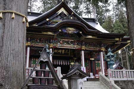三峯神社・拝殿
