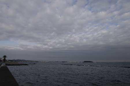 馬堀海岸より横須賀方面