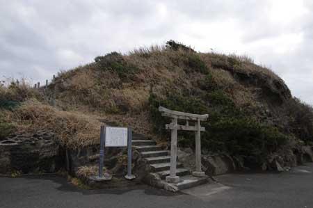 楫の三郎山