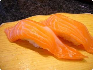 魚がし鮨 サーモン