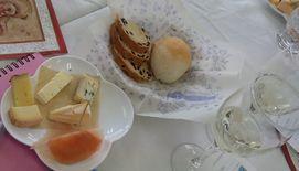 ワイン会2014.12月7日チーズ&パン