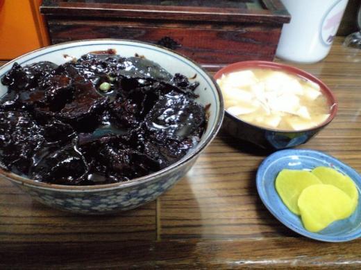 鶴橋 黒い豚丼1