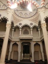東京ジャーミィ:モスク内部の入口側