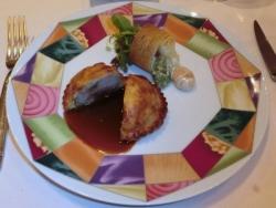 七面鳥、鴨、豚、フォワグラのパイ包み焼き マデラ酒ソース