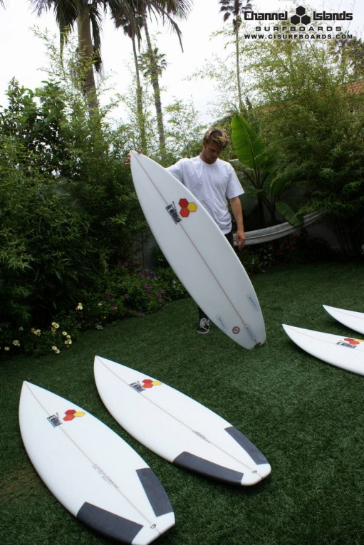 dane-reynolds-quiver-j-bay-2010-color-511x765.jpg