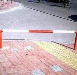 視覚障害者歩道ー2