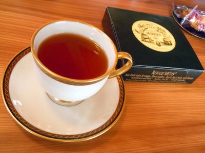 お昼の紅茶