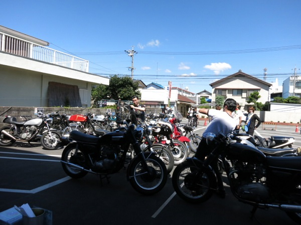 caferacerday2nd 001