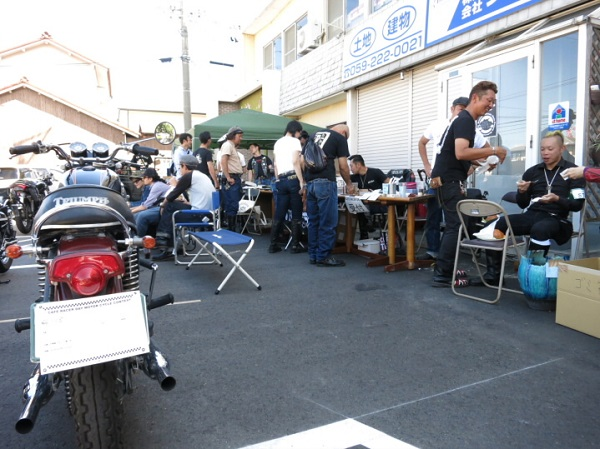 caferacerday2nd 018