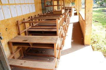 ローカガオピー小学校