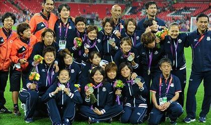 01s-サッカー女子20120810_1