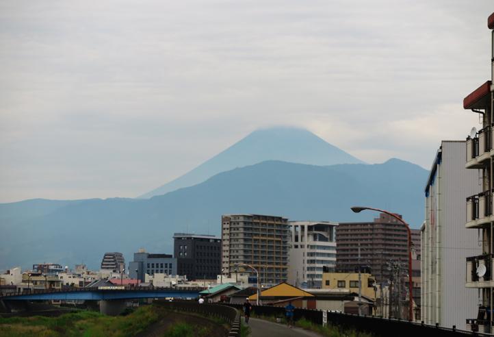 20日 6-21 今朝の富士山-5