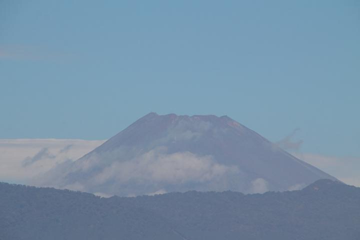 3日 10-33 今日の富士山