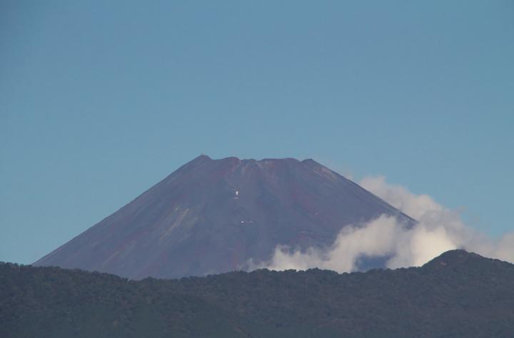 14日 9-46 今朝の富士山-1