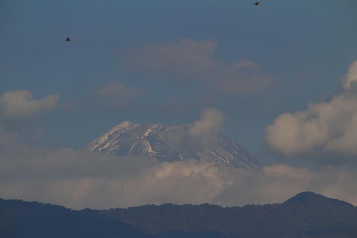 18日 8-42 今朝の富士山
