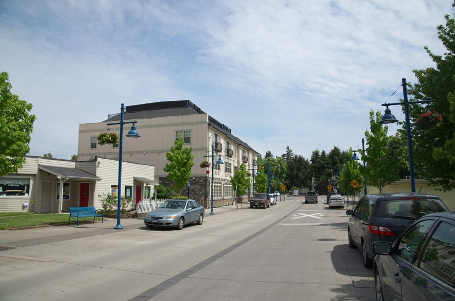 Sherwood downtown2