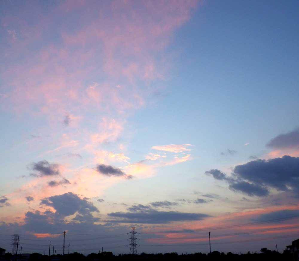 西方の空。