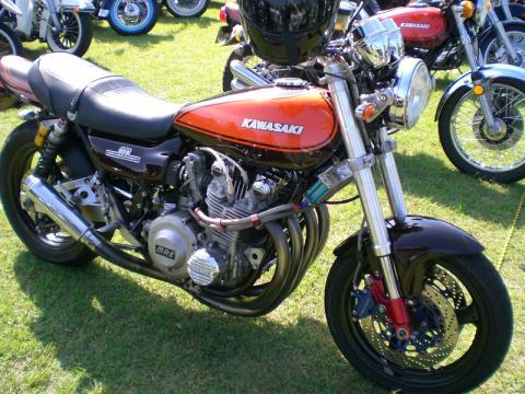 z1 custom