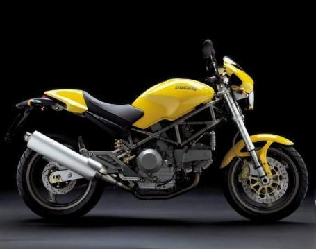 Ducati Monster 900ie 01 2