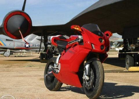Ducati 999R 05 3