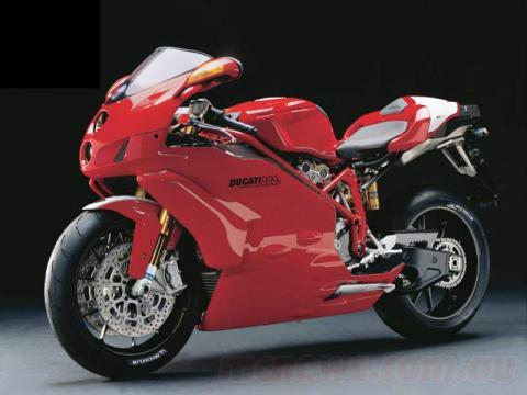 Ducati 999R 05 1