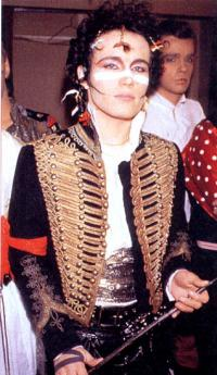 adam_ant_rock_royal_hussar_jacket_jimi_hendrix_convert_20120610092450.jpg