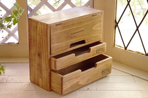 ハンドメイドな福袋*ナチュラルな木製キャビネット