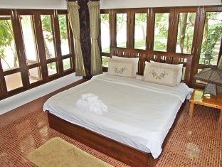 バーンナムピン ホテル (Baannamping Hotel)