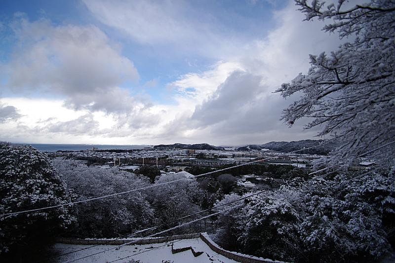 天主から琵琶湖を眺める