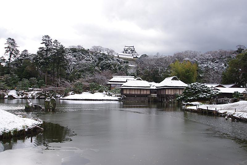 雪の玄宮園