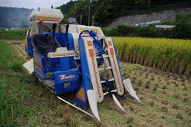 稲刈り機のアップ