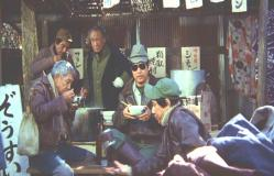 ぞうすい屋のオヤジで原作者の横溝正史氏出演シーン