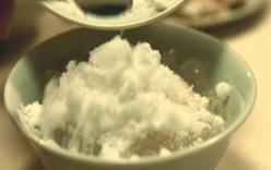水まんじゅうに砂糖どっさり入れた山本