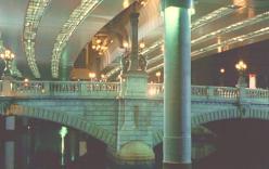 高速下の日本橋