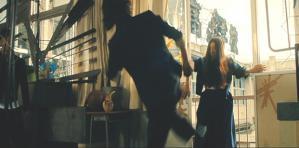 ガムコを蹴る誠