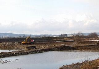 堰の下の砂利採取